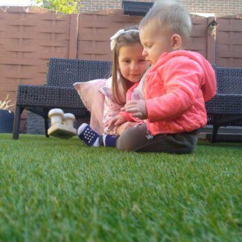 Kunstgras tuin voor kinderen
